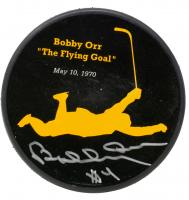 "Bobby Orr Signed Bruins ""The Flying Goal"" Commemorative Puck (Orr COA & Beckett COA) at PristineAuction.com"