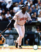 David Ortiz Signed Twins 8x10 Photo (JSA COA & MLB Authentication Hologram) at PristineAuction.com