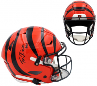 Tee Higgins Signed Bengals Full-Size Authentic On-Field SpeedFlex Helmet (Beckett Hologram) at PristineAuction.com