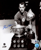 Gordie Howe Signed Red Wings 8x10 Photo (Beckett COA) at PristineAuction.com