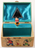 "Vitnage Walt Disney's ""Mickey Mouse"" Musical Jewelry Box at PristineAuction.com"