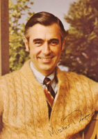 Fred Rogers Signed 5x7 Photo (Beckett COA) at PristineAuction.com