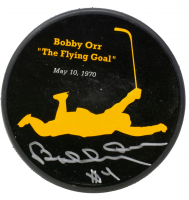 "Bobby Orr Signed Bruins ""The Flying Goal"" Commemorative Puck (Orr COA & Beckett COA) at PristineAuction.com"