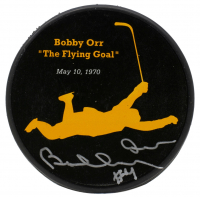 "Bobby Orr Signed Bruins ""The Flying Goal"" Commemorative Puck (Orr COA) at PristineAuction.com"