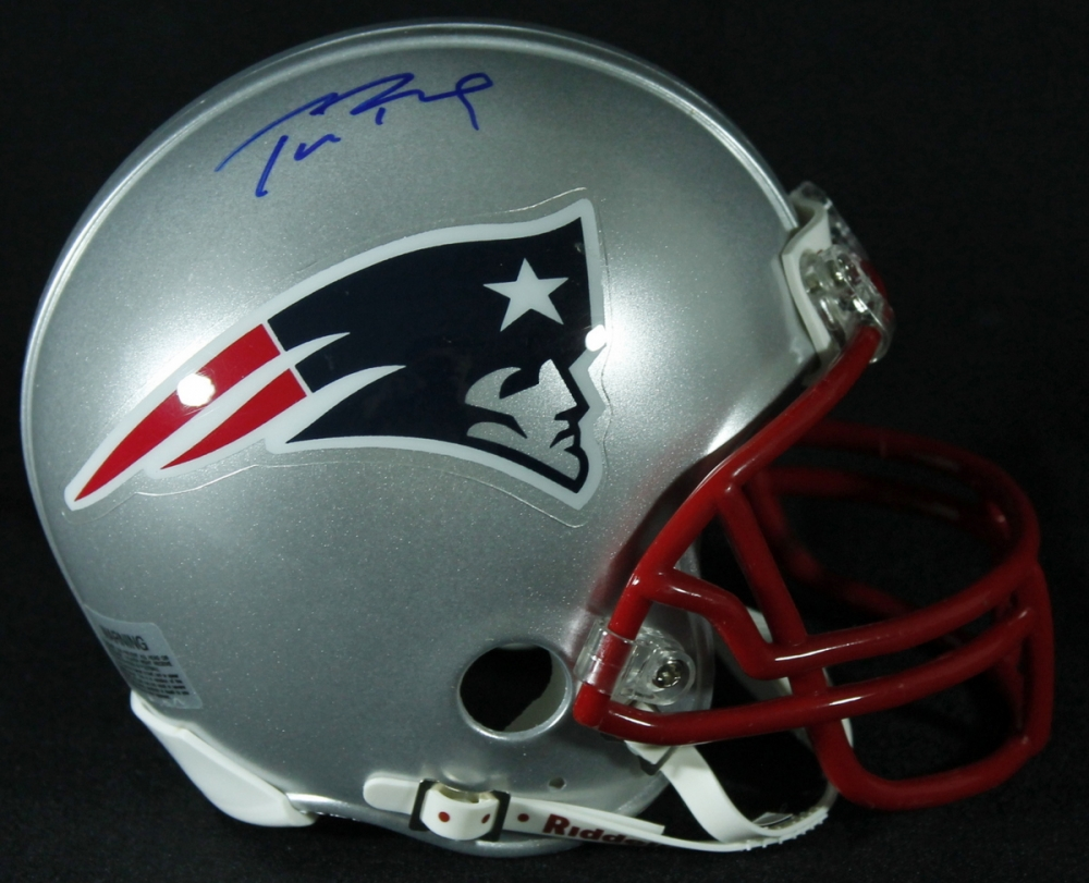 2fa6e929d Tom Brady Signed Patriots Mini-Helmet (Mounted Memories COA) at  PristineAuction.com