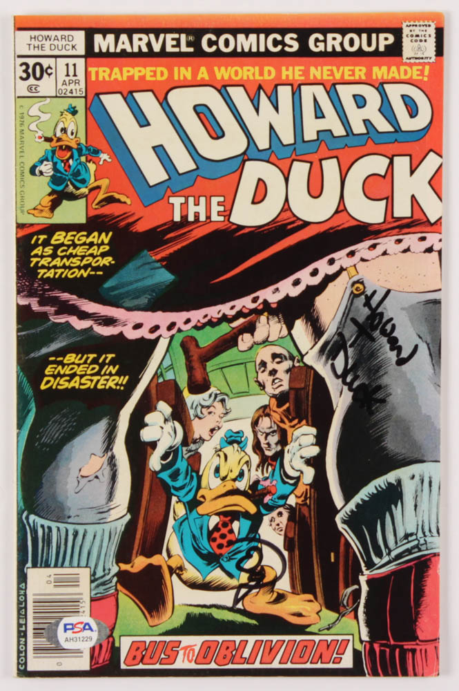 "Ed Gale Signed 1977 ""Howard The Duck"" Issue #11 Marvel Comic Book Inscribed ""Howard T. Duck"" (PSA Hologram) at PristineAuction.com"