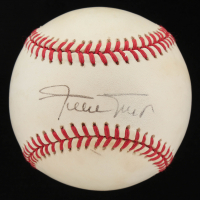 Willie Mays Signed ONL Baseball (JSA ALOA) at PristineAuction.com