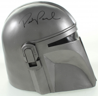 "Pedro Pascal Signed ""Mandalorian"" Din Djarin Full-Size Helmet (Beckett COA) at PristineAuction.com"