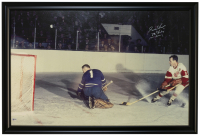 "Gordie Howe Signed Red Wings 27x41 Stretched Canvas Inscribed ""Mr. Hockey"" & ""1071 Goals"" (Beckett COA) at PristineAuction.com"