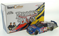 Sterling Marlin LE #40 Coors / Brooks & Dunn 2000 Monte Carlo 1:24 Scale Die Cast Car at PristineAuction.com