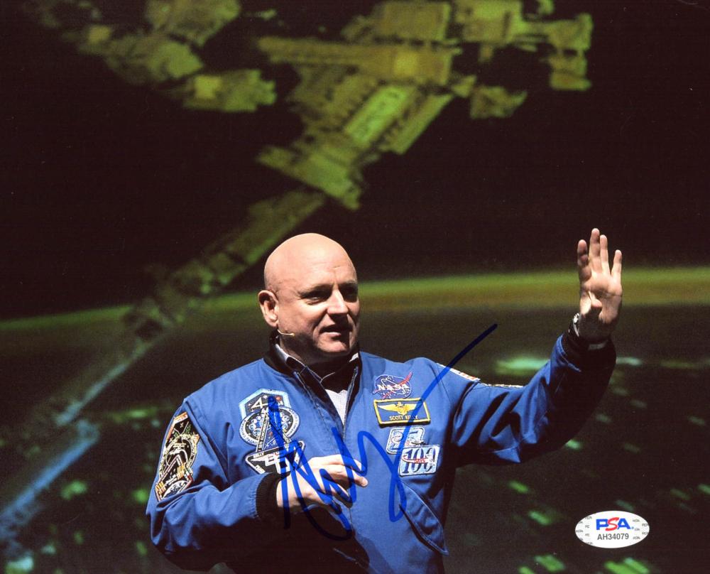 Scott Kelly Signed 8x10 Photo (PSA Hologram) at PristineAuction.com