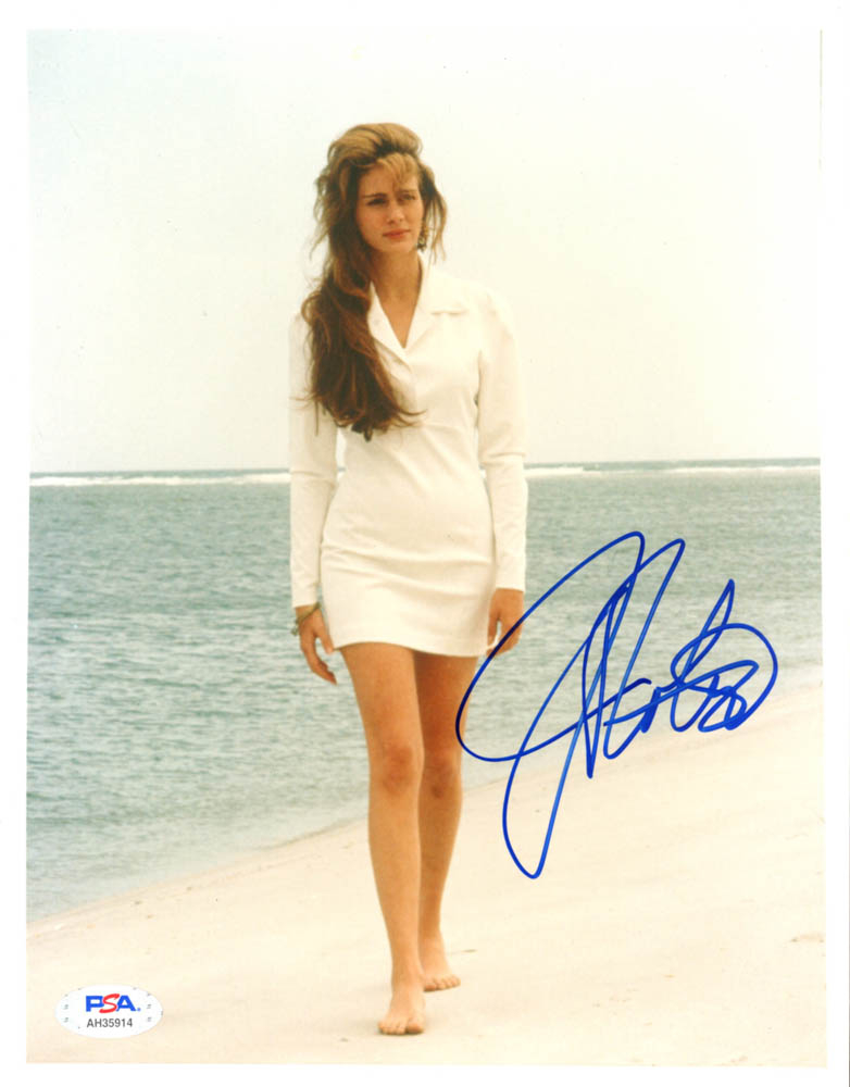 """Julia Roberts Signed """"Sleeping with the Enemy"""" 8x10 Photo (PSA Hologram) at PristineAuction.com"""