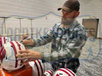 Joe Thomas Signed Wisconsin Badgers Full-Size Authentic On-Field Speed Helmet (Radtke COA) at PristineAuction.com