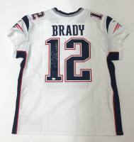 "Tom Brady Signed Patriots Jersey Inscribed ""6x SB Champs"" (Fanatics Hologram) at PristineAuction.com"
