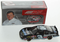 Dale Earnhardt Sr. LE #3 Oreo / GM Goodwrench Service Plus / RCR Museum Series 2001 Monte Carlo 1:32 Scale Diecast Car at PristineAuction.com