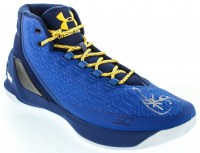 Stephen Curry Signed Curry 3 Under Armor Basketball Shoe (Fanatics Hologram) at PristineAuction.com