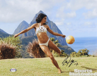 "Alex Morgan Signed ""Sports Illustrated: Swimsuit Edition"" 11x14 Photo (PSA Hologram) at PristineAuction.com"