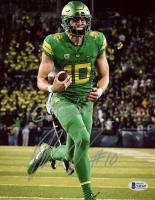 "Justin Herbert Signed Oregon Ducks 8x10 Photo Inscribed ""Go Ducks!"" (Beckett COA) at PristineAuction.com"