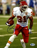 "Priest Holmes Signed Chiefs 8x10 Photo Inscribed ""KC"" (Beckett COA) at PristineAuction.com"