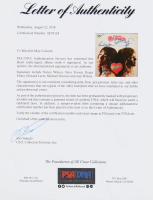 "Heart ""Dreamboat Annie"" Vinyl Record Album Cover Band-Signed by (6) with Nancy Wilson, Steve Fossen, Roger Fisher, Howard Leese, Michael Derosier & Ann Wilson (PSA LOA) at PristineAuction.com"