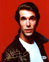 "Henry Winkler Signed ""Happy Days"" 8x10 Photo Inscribed ""6/20"" (Beckett COA) at PristineAuction.com"