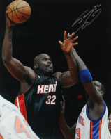 Shaquille O'Neal Signed Heat 16x20 Photo (JSA COA) at PristineAuction.com