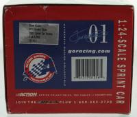 Steve Kinser LE #11 Quaker State 2001 Xtreme 1:24 Scale Die Cast Spint Car at PristineAuction.com