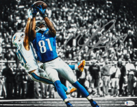 Calvin Johnson Signed Lions 11x14 Photo (Beckett Hologram) at PristineAuction.com