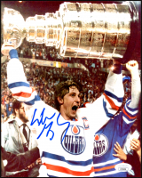 Wayne Gretzky Signed Oilers 8x10 Photo (JSA COA) at PristineAuction.com