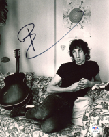 Pete Townshend Signed 8x10 Photo (PSA COA) at PristineAuction.com