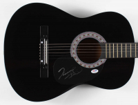 Vince Gill Signed Full-Size Acoustic Guitar (PSA Hologram) at PristineAuction.com