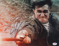 """Daniel Radcliffe Signed """"Harry Potter and the Deathly Hallows – Part 2"""" 11x14 Photo (PSA Hologram) at PristineAuction.com"""
