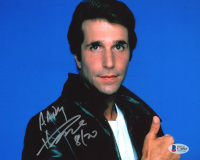 "Henry Winkler Signed ""Happy Days"" 8x10 Photo Inscribed ""8/20"" (Beckett COA) at PristineAuction.com"