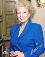 Betty White Signed 8x10 Photo (Beckett COA) at PristineAuction.com