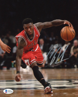 Nate Robinson Signed Bulls 8x10 Photo (Beckett COA) at PristineAuction.com