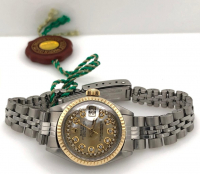 Rolex Diamond Oyster Perpetual DateJust 18kt Yellow Gold Women's Wristwatch with Box & Papers at PristineAuction.com