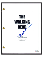 "Robert Kirkman Signed ""The Walking Dead"" Pilot Episode Script (Beckett COA) at PristineAuction.com"