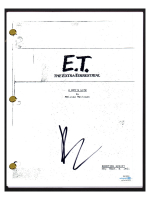 "Drew Barrymore Signed ""E.T. the Extra-Terrestrial"" Movie Script (AutographCOA COA) at PristineAuction.com"
