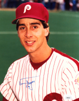 Von Hayes Signed Phillies 8x10 Photo (JSA COA) at PristineAuction.com
