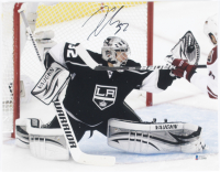 Jonathan Quick Signed Kings 11x14 Photo (Beckett COA) at PristineAuction.com