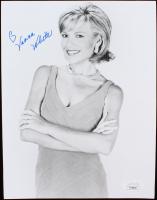 Vanna White Signed 7x9 Photo (JSA COA) at PristineAuction.com