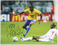 Robinho Signed Team Brazil 11x14 Photo (Beckett COA) at PristineAuction.com