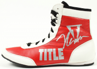 Julio Cesar Chavez Signed Title Boxing Shoe (Beckett COA) at PristineAuction.com