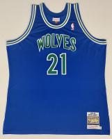 Kevin Garnett Signed Timberwolves Jersey (Fanatics Hologram) at PristineAuction.com