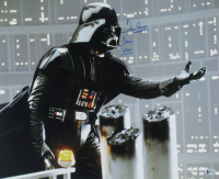 "David Prowse Signed ""Star Wars"" 16x20 Photo Inscribed ""Darth Vader"" (Beckett COA) at PristineAuction.com"