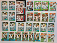Lot of (30) Dan Marino Football Cards with (11) 1988 Topps #190, (6) 1990 Topps #323, (4) 1989 Topps #293, (3) 1987 Topps #233 AP, (2) 1985 Topps #192, (2) 1986 Topps #45 AP, 1984 Topps #123 Pro Bowl RC & 1985 Topps #314 AP at PristineAuction.com