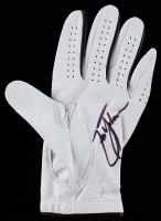 Zach Johnson Signed Titleist Golf Glove (Beckett Hologram) at PristineAuction.com