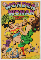 "1968 ""Wonder Woman"" Issue #174 DC Comic Book at PristineAuction.com"