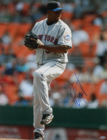 Jorge Julio Signed Mets 16x20 Photo (Steiner COA) at PristineAuction.com