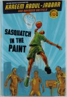 "Kareem Abdul-Jabbar Signed ""Sasquatch In The Paint"" Paperback Book (JSA COA) at PristineAuction.com"